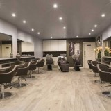 Lockonego Salon Interior