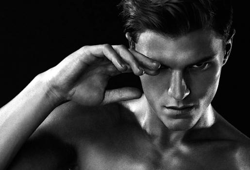 Oliver Cheshire Portrait By Daniel Jaemes