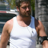 Gerard Butler training