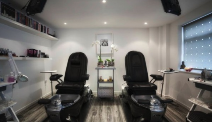 BeautyWorksWest treatment room